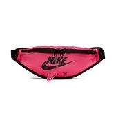 Nike HERITAGE HIP PACK CLEAR 螢光粉 運動 休閒 防水 腰包 斜背包 CW9259-607