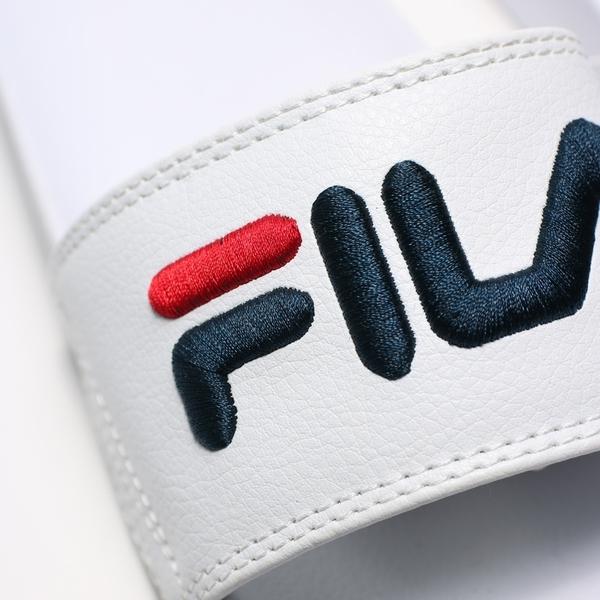 FILA (偏小建議大一號) 全白 皮革 紅黑LOGO 基本款 防水 大刺繡 運動 拖鞋 男女 (布魯克林) 4S313T113