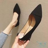 尖頭鞋 不累腳秋冬舒適職業黑色尖頭平底鞋子大碼淺口單鞋工作軟底 十點一刻