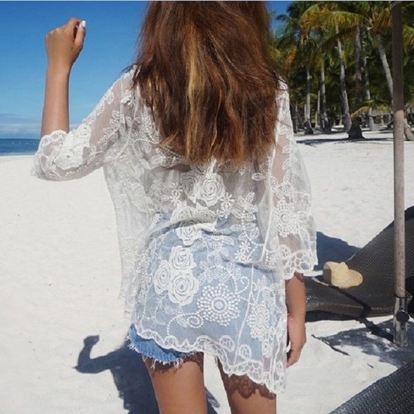 【現貨】梨卡 - 韓國甜美沙灘外搭防曬外套罩衫-鉤花針織蕾絲短袖泳衣泳裝比基尼外衣C6129