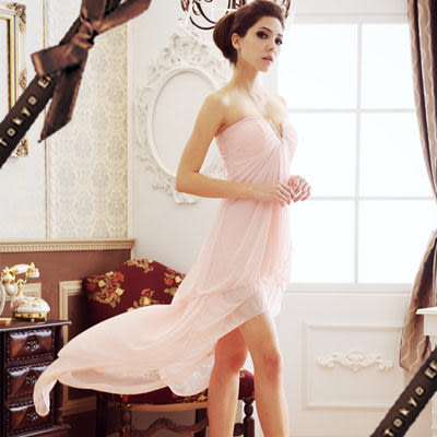 東京衣服-性感高貴 水鑽深v美腿 前短後長小禮服 粉橘