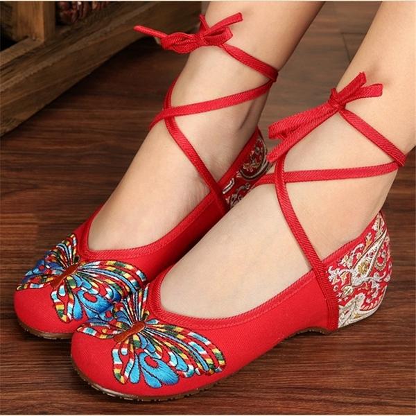 民族風廣場舞鞋女軟底老北京繡花布鞋