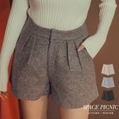 短褲 Space Picnic|素面打褶毛呢寬短褲(現貨)【C18111066】