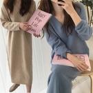 寬鬆V領兔毛針織連身裙 毛衣長裙洋裝 韓版休閒長版洋裝 針織裙 3色【KN71267】