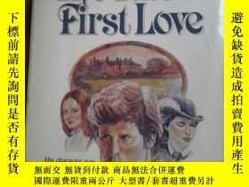 二手書博民逛書店The罕見tutor s first love【英文原版:導師的