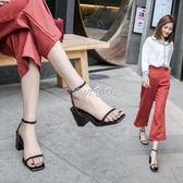 女性高跟涼鞋 涼鞋女新款粗跟一字扣細帶復古方頭高跟鞋中跟