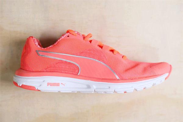 PUMA Faas 500 v4 pwrwarm wn 跑鞋亮橘白邊 慢跑鞋 休閒  (布魯克林) 18823403