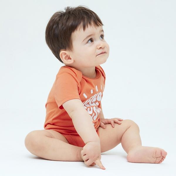 Gap嬰兒 布萊納系列 活力印花純棉包屁衣 701438-橙色