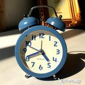 鬧鐘 闹钟创意小钟表学生简约可爱时钟静音床头台钟儿童迷你时尚夜 Cocoa