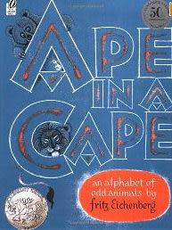 【麥克書店】APE IN A CAPE  /單繪本
