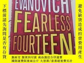 二手書博民逛書店Fearless罕見Fourteen (硬精裝) 【詳見圖】Y25376 Janet Evanovich St