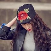 貝雷帽-立體紅花刺繡黑色女鴨舌帽73vt14【時尚巴黎】