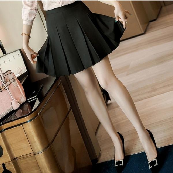 可愛黑色寬版壓褶迷你裙 [21X011-PF]美之札