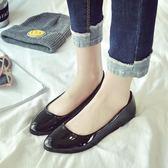樂福豆豆鞋工作鞋女黑色平底防滑軟底圓頭軟皮鞋上班工鞋平跟單鞋四季鞋 喵小姐
