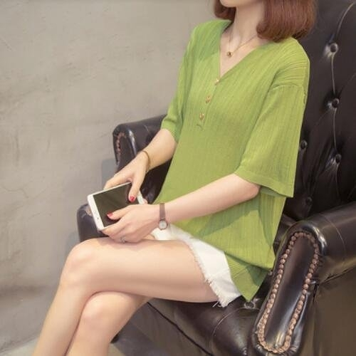 上衣針織寬鬆V領中大尺碼XL-4XL新款短袖冰絲針織打底衫女修身t卹2F060-2110.皇潮天下