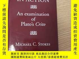 二手書博民逛書店Dialectic罕見in Action: An examination of Plato s CritoY4