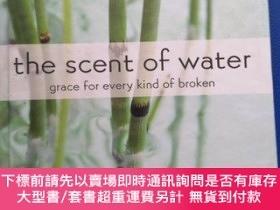 二手書博民逛書店the罕見scent of waterY153720 naomi zacharias Printed