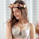 ◆AB罩下厚上薄;CD罩均薄棉杯◆副乳側包片設計,側壓集中◆脅邊加高搭配雙塑片,修飾側邊曲線