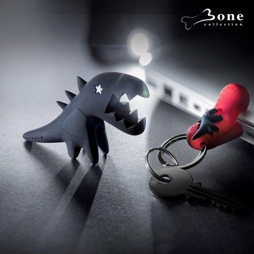 【Bone】Sport b. 恐龍隨身碟鑰匙圈禮盒組 (32G) - 黑