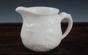 12頭浮雕三腳龍陶瓷茶具套裝