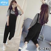【V3114】shiny藍格子-簡約風格.條紋短袖上衣吊帶褲兩件式套裝