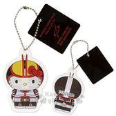 〔小禮堂〕Hello Kitty x 假面騎士555 造型鑰匙圈《站姿.紅黃盔甲》吊飾.掛飾 4901610-34311