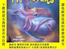 二手書博民逛書店Real-Life罕見Sea MonstersY15389 by