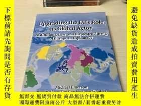 二手書博民逛書店Upgrading罕見the EU's role as global actorY393929