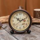 簡約金屬學生時鐘小鬧鐘兒童床頭專用靜音大數字電子復古創意鐘錶 艾瑞斯
