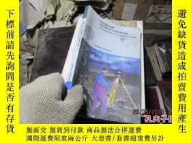 二手書博民逛書店plane罕見and geodetic surveying 36