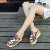 魚嘴涼拖鞋夏季新款磨砂皮拼色厚底懶人坡跟高跟 DN7134【歐爸生活館】