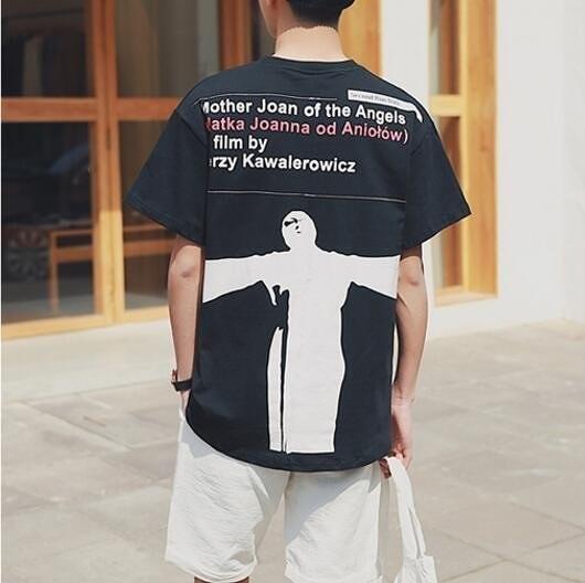 FINDSENSE品牌 男 時尚潮流 休閒 寬鬆 後背字母印花人物圖案印花 短袖