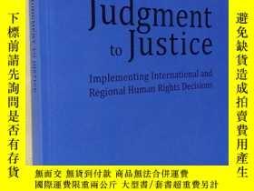 二手書博民逛書店英文原版罕見From Judgment to Justice: Implementing Internationa