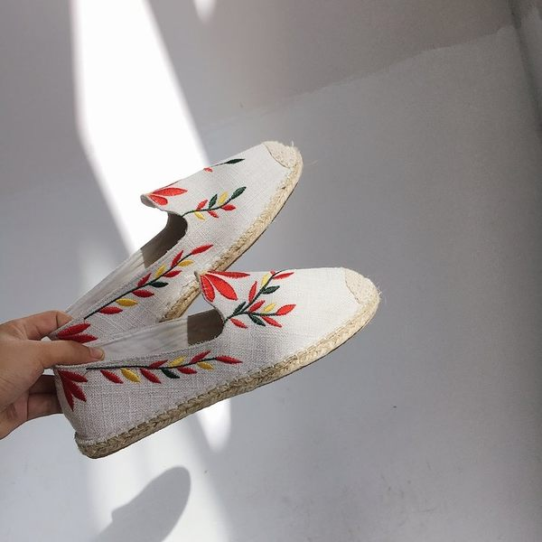 一腳蹬樂福鞋女小香風漁夫鞋刺繡花朵懶人草編底平底懶人鞋單鞋女