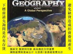二手書博民逛書店WORLD罕見GEOGRAPHY: A GLOBAL PERSP
