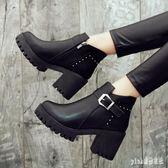 大碼粗跟短靴短筒粗跟馬丁靴新款加絨保暖女鞋子英倫風女靴子高跟短靴 qf16394【pink領袖衣社】