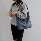 簡約純色托特包 歐美潮流百搭女包包 學生軟皮韓版氣質大包包 大容量女士托特包 時尚女生單肩包
