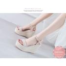 楔型涼鞋 甜美一字度假風草編 厚底涼鞋*KWOOMI-A61
