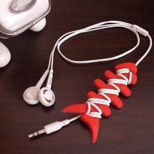 【妃凡】創意 魚骨頭 耳機 繞線器 整線器 可平信寄出5元 可超取