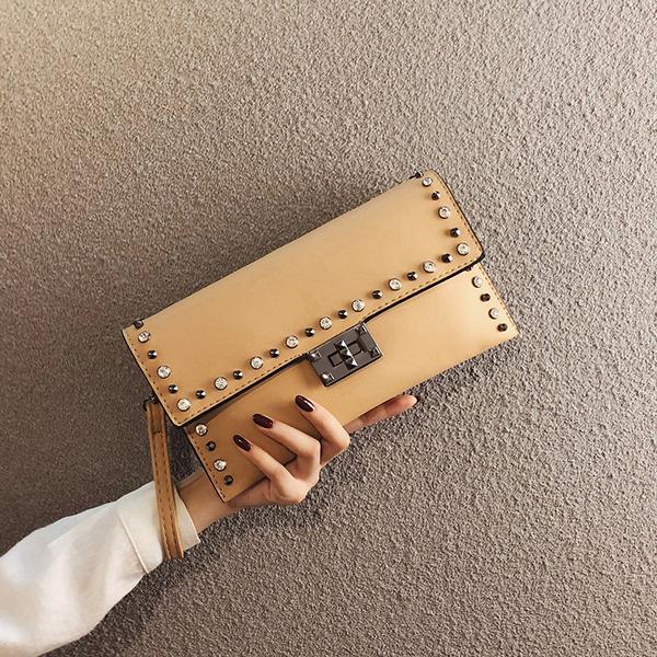 韓版手抓包鏈條手拿包奢華宴會包 女士手拿包鉚釘信封包多功能手機包 名媛氣質大容量女生手包