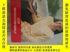 二手書博民逛書店LATEST罕見SWEATER PATTERN PAMPHLET