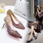 新娘鞋婚鞋新款水晶鞋銀色高跟鞋女尖頭細跟亮片單鞋中跟 俏腳丫