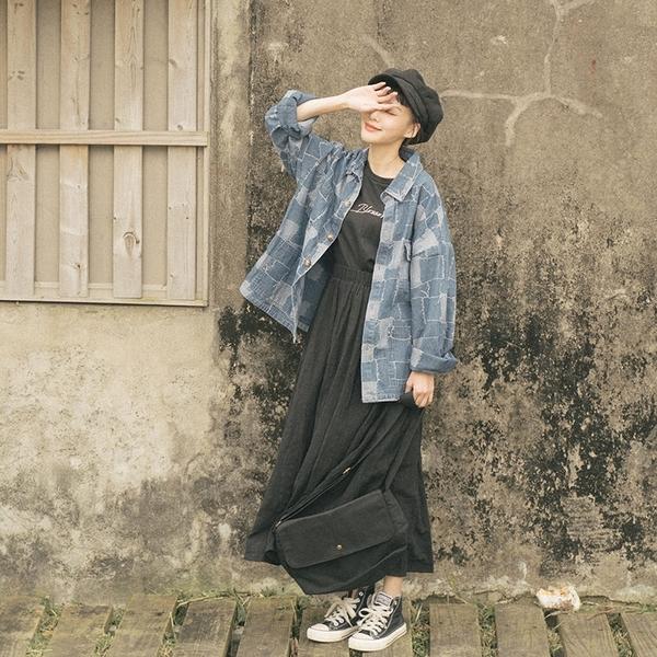 Queen Shop【03020801】柔軟棉麻格紋織線傘擺長裙 兩色售*現+預*