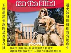 二手書博民逛書店Guide罕見Dogs for the Blind (Animals That Help Us (LOOK! Bo