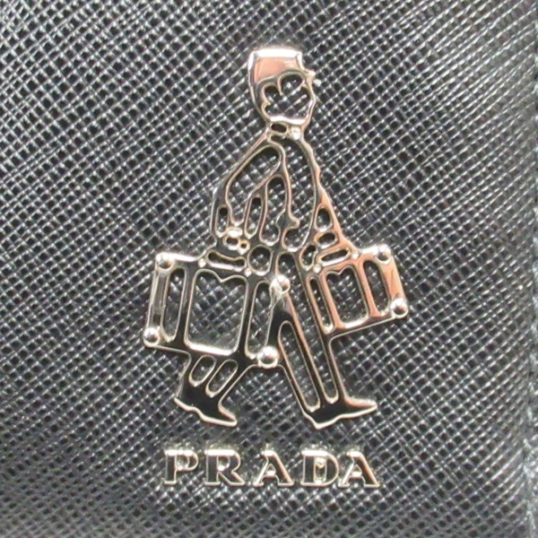 PRADA 普拉達 黑色十字防刮紋牛皮拉鏈手拿包 收納包 【二手名牌BRAND OFF】