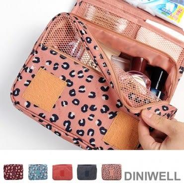 DINIWELL新一代懸掛式防水旅遊盥洗收納包 紅色格紋
