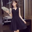 新款v領無袖吊帶洋裝女中長款氣質露背打底a字裙小黑裙