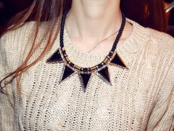 【櫻桃飾品】幾何三角繩索鏈造型項鍊 短鏈   【20744】