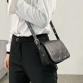 真皮側背包-牛皮鉚釘簡約時尚女手拿包2款73yb1【時尚巴黎】