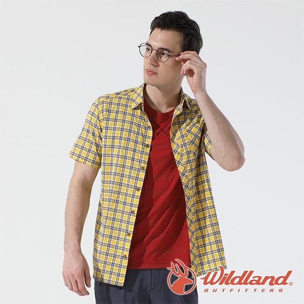 【wildland 荒野】男 彈性抗UV格子短袖襯衫『藤黃』0A81206 戶外 休閒 運動 防曬 露營 登山 騎車